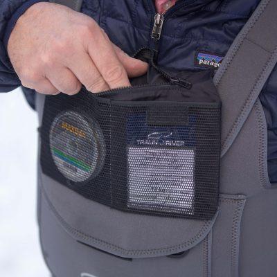 Innentasche - Herausklappbar mit 2 Mesh-Taschen sowie einer Reißverschlußtasche